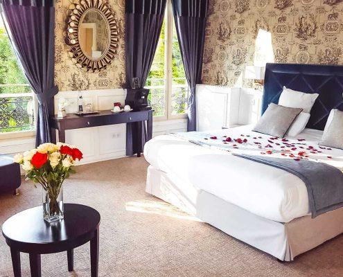 Hotel-Suite-avec-jacuzzi-prive-Suite-Marquise-lje-0
